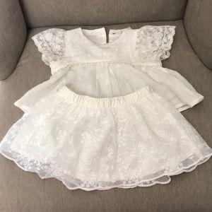 OshKosh lace and linen dress 0-3mos.